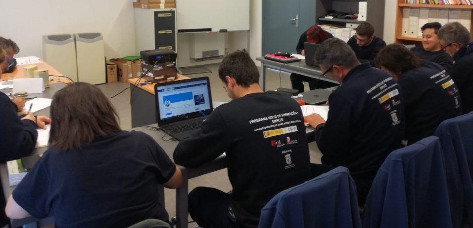 El Colectivo Tierra de Campos imparte formación al taller Mixto de Villalón de Campos