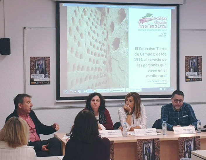 El Colectivo Tierra de Campos participó en las jornadas 'Inmigración y Medio Rural' celebradas en Segovia