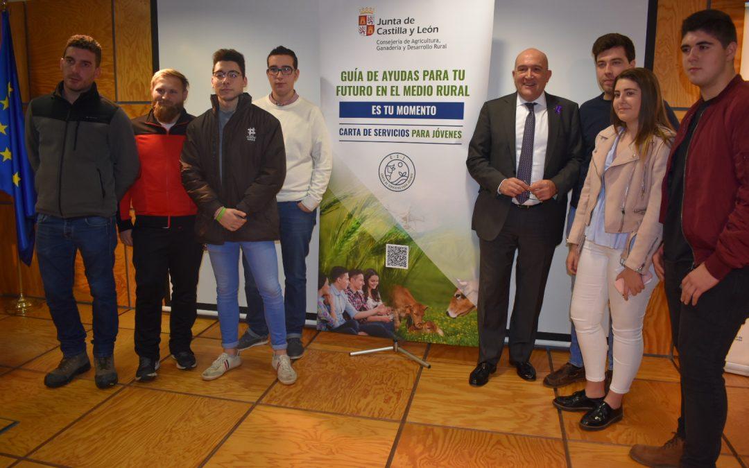 La Consejería de Agricultura, Ganadería y Desarrollo Rural elabora la 'Carta de Servicios para Jóvenes'