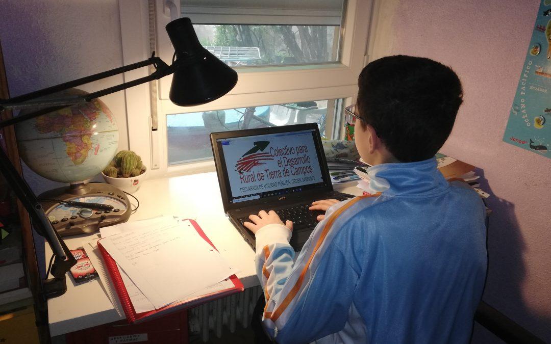 El Colectivo Tierra de Campos presta ordenadores durante la crisis del COVID-19